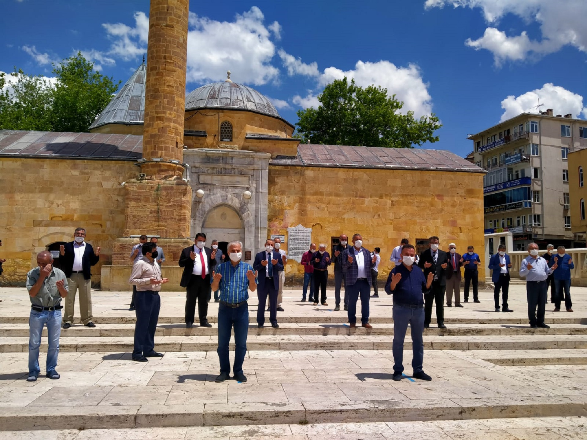 Kırşehir Ahi Esnafı, Ahi Duası İle<br> İş Yerlerini Açtı.