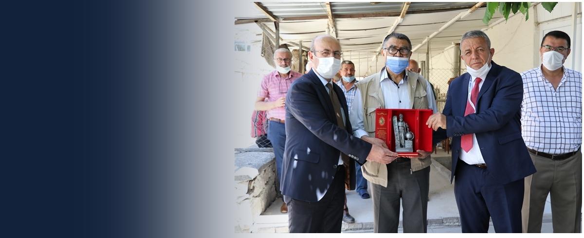 Mayıs Ayı Ahi Esnafı <br>Mustafa Dağıstan Oldu